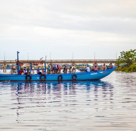 hoi-an-taxi-boat